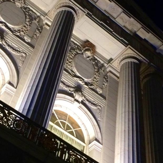 San Francisco's City Hall at night