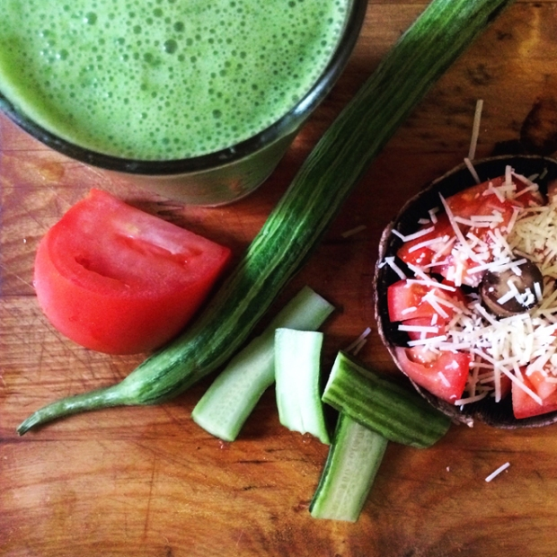 green smoothie, cucumber, and portabella mushroom lunch