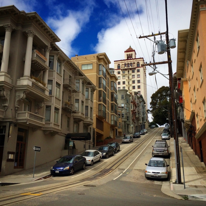 steep hill and street scene in Nob Hill