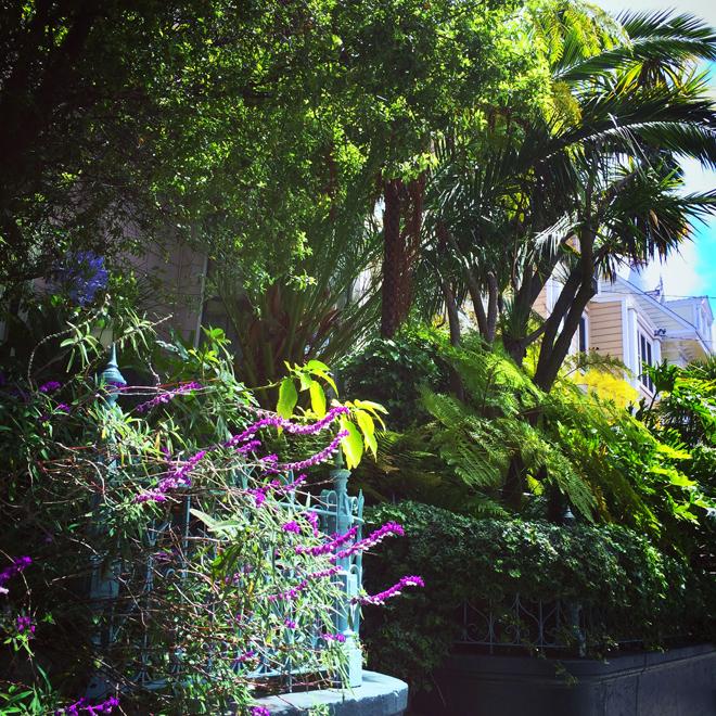 Garden District, Mission style