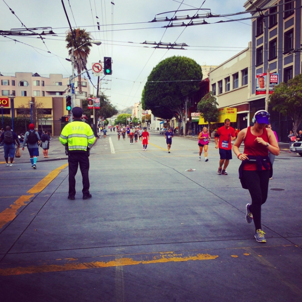 San Francisco Marathon runners at 16th and Mission Streets